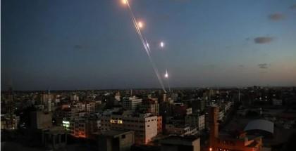 مُحلل إسرائيلي: الهدوء على جبهة غزة مُخادع واحتمالات التصعيد واردة