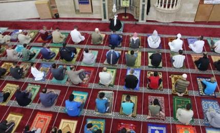 غزة: فتح ما تبقى من المساجد والأسواق بعد إغلاق دام لأكثر من 53 يوما