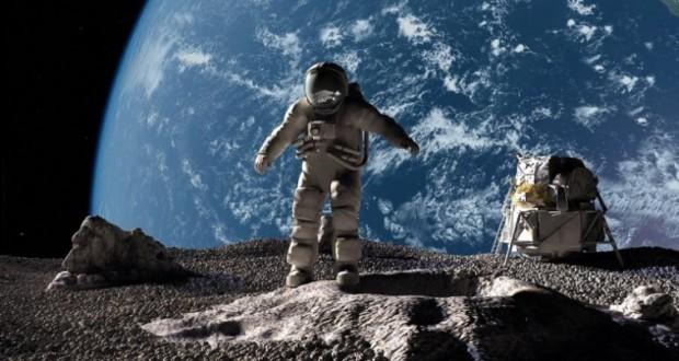 سطح القمر -ارشيف