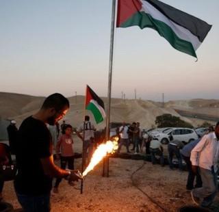 اعتصام جماهيري في الخان الأحمر  تزامنا مع نية إسرائيلية لهدمه