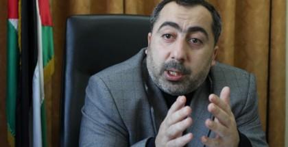 مستشار هنية يحذر من التعاطي مع الحسابات التي تنتحل شخصية رئيس الحركة