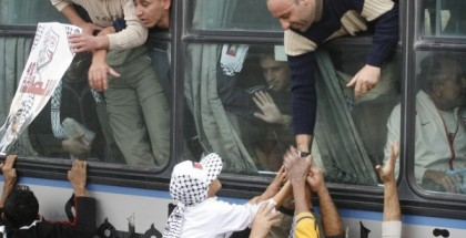 هنية: حماس تفاوض على شمول أسرى أردنيين وعرب في صفقة تبادل الأسرى المقبلة