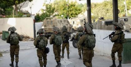 قوات الاحتلال تشن حملة اعتقالات ومداهمات بالضفة المحتلة