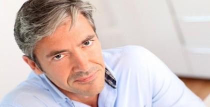 أخصائي بريطاني يشكف عن طريقة لمنع الصلع