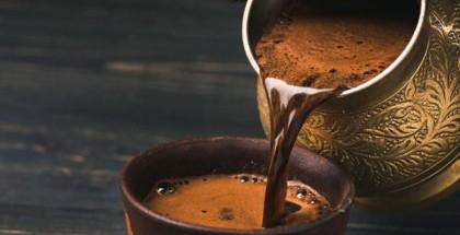 التوتر وتأثيرات أخرى..دراسة جديدة تكشف ما الذي يفعله اعتياد شرب القهوة في الدماغ