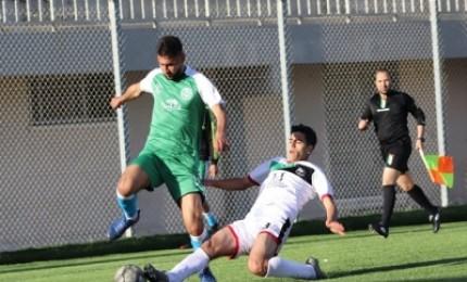 دوري الدرجة الثانية : اتحاد دير البلح يواصل سلسلة الانتصارات