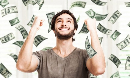 شاب مصري أصبح مليونيرا لمدة 24 ساعة فقط!