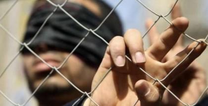 """الاحتلال ينقل الأسير المضرب محمد عواد إلى عزل """"إيله"""""""