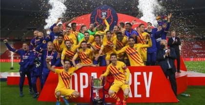 شبح فينالدوم يخيم على صفقة برشلونة المنتظرة