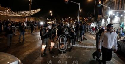 الاحتلال يواصل عدوانه على القدس .. والمقدسيين يواجهون الإرهاب بالثبات والإرادة