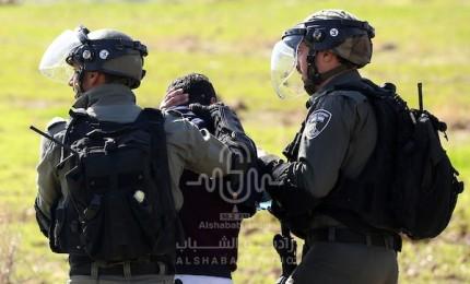 جنين: الاحتلال يعتقل طفلين ويصيب عددًا من الشبان في بلدة يعبد