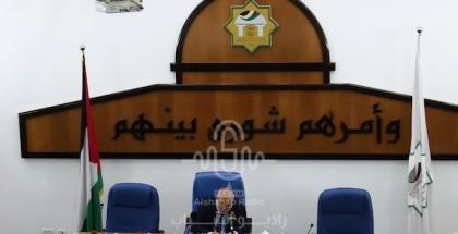 أعضاء المجلس التشريعي يعقدون اجتماعا بمناسبة الذكرى 73 للنكبة ولمناقشة الاعتداءات على المسجد الأقصى