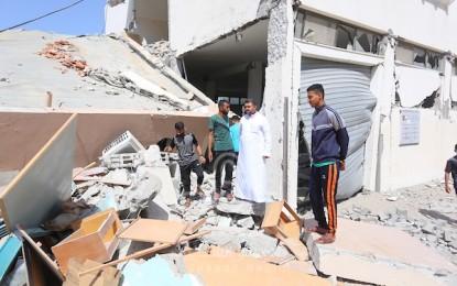 الاحتلال يواصل استهداف الأبراج السكنية ويخلف دمارا كبيرا في مبنى الوكالة والشارع