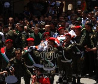 بالصور: تشييع جثمان الشهيدين عليوي وعيسة في جنين