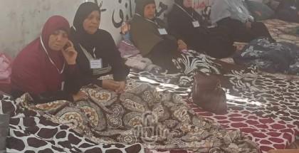 أهالي الشهداء مستمرون بإضرابهم عن الطعام احتجاجًا على عدم صرف مخصصاتهم