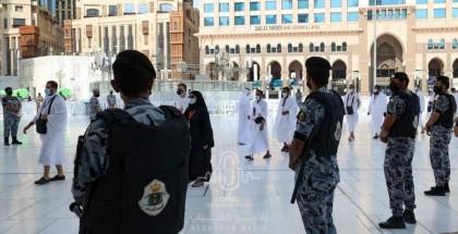 السعودية تبدأ استقبال المعتمرين غدا الجمعة