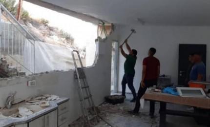 الاحتلال يجبر عائلة مقدسية على هدم منزلها
