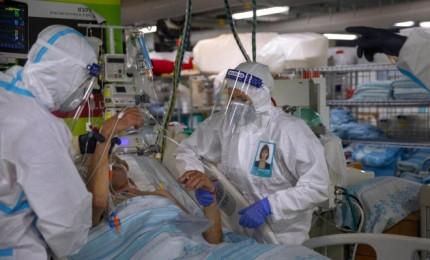 """الصحة """"الإسرائيلية"""": 7445 إصابة جديدة بكورونا والحالات الخطيرة 726"""