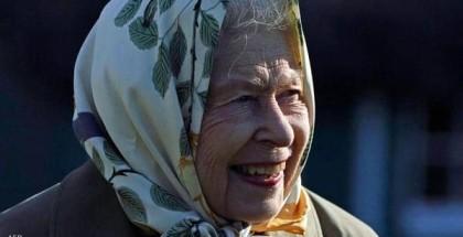 """ملكة بريطانيا ترفض منحها لقب """"عجوز العام"""""""